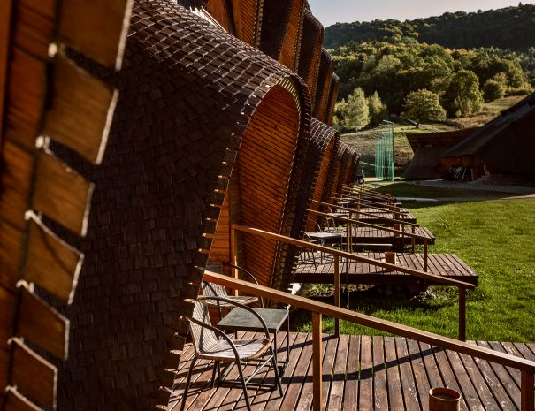 Weekday Wanderlust | Places: The Wooden Nest, Romania